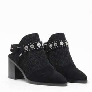 Senso booties size 36 worn once comes with the box