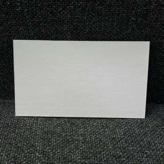白色厚咭紙 (@$1, 6厘米x10.5cm, 2毫米厚)