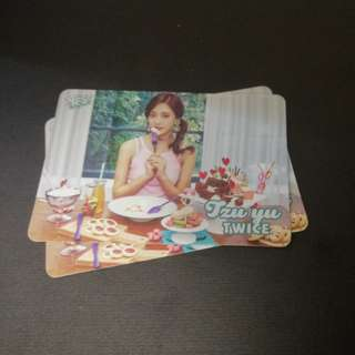 TWICE zu yu yes card