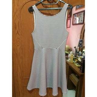 Mini dress devided by h&m