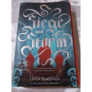 Seige and Storm by Leigh Bardugo (Book Two of Grisha Trilogy)