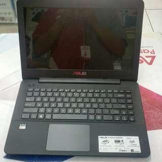 Laptop Asus X454YA
