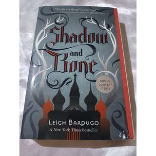 Shadow and Bone by Leigh Bardugo (Book One of Grisha Trilogy)