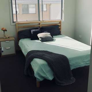 Gold Coast Accommodation- private room in coomera