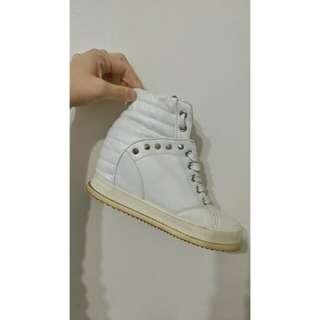 🚚 韓國製內增高白鞋