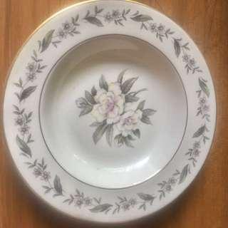 Royal Jackson Fine China Vogue Salad Plates