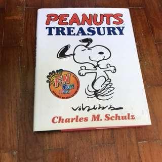 Snoopy Peanuts Treasury comics