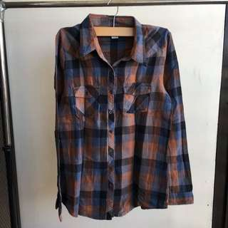 Plaid bottom down shirt