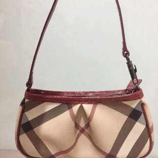 Brand new Burberry pouch