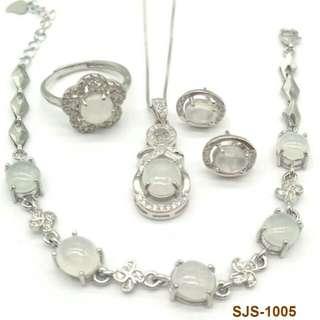 925銀鑲白冰翡翠 A貨首飾套裝