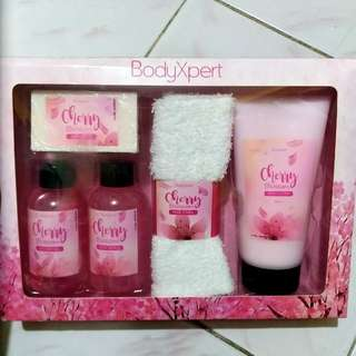 BODY XPERT CHERRY BLOSSOM WITH FREEBIE