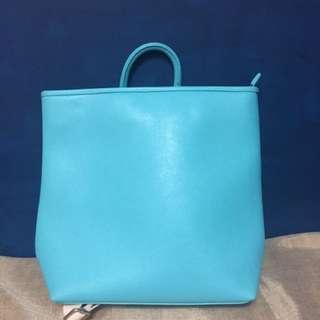 🚚 藍綠色後背包(可手提)