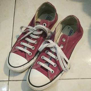 Converse maroon low original / authentic