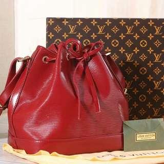 Tas Wanita Louis Vuitton Petit Neo Epi Leather  Kode : LV40880