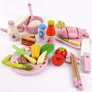 BN Wooden Lunch / Dinner Meal Time Cutting Foods Play Set
