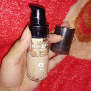 Foundation Revlon Colourstay