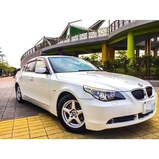 全額貸。2004年 BMW530 白 日規 外匯 天窗 恆溫 多功能方向盤 可履約保證無事故泡水