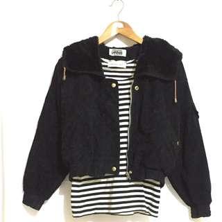 Black jaket