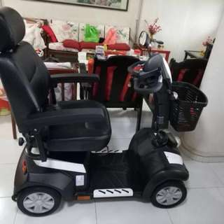 **ALMOS NEW **Motorised Wheelchair (Local Set)
