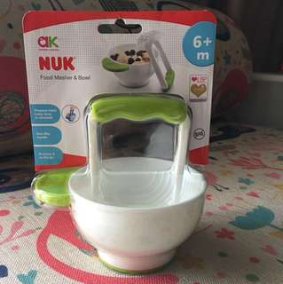 Baby Food Masher and Bowl