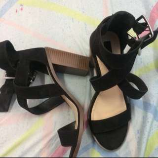 Negotiable!:) Suede Forever 21 Block heels