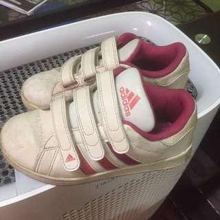 Adidas girl shoe