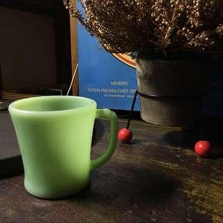 50s -60sFire King jadelite D handle mug