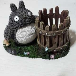 Totoro holder