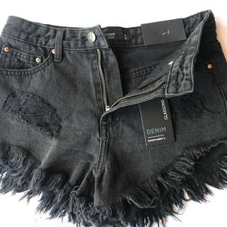 New GLASSONS Denim Highy waisted Shorts, size xs 6-8 washed Black New size 6. RRP $30