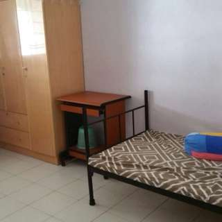 Jurong west common  room for rental
