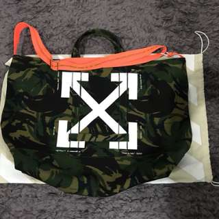 Off White Camou Tote, new!!