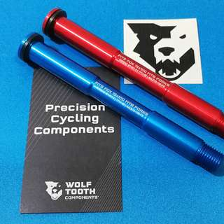 Wolf Tooth Axel for FOX suspension Non Boost (15X100mm) Blue/Red