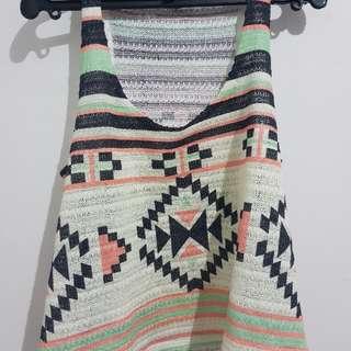 Aztec design top
