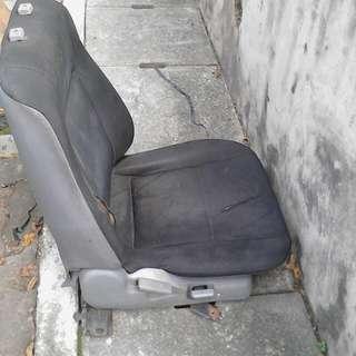 Seats Iswara 1.5, 2008