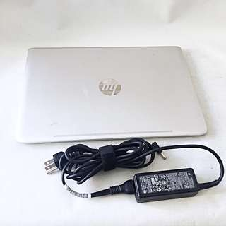 HP ENVY Ultrabook 13-d010nr 13.3-Inch Laptop (i5-6200, 8 GB RAM, 128 GB SSD)