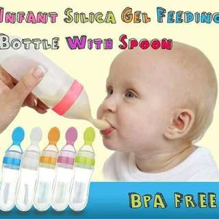Baby Infant Squeeze Spoon Food Feeder  Rm20 sem