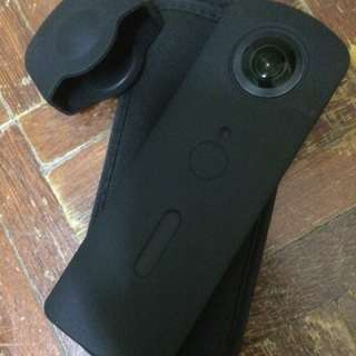 Ricoh Theta S Live Streaming 360 picture and video camera