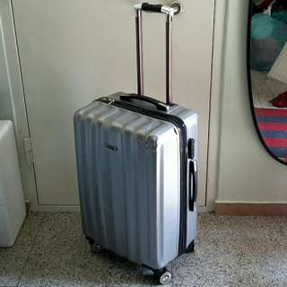 "(*Defects) 26"" Spin 4 Wheel Luggage Case"