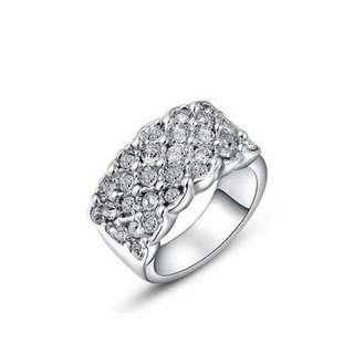 水晶白金鑲白鉆戒指/Crystal white gold with white diamond ring