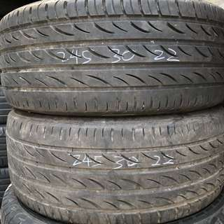 2 pcs used tyre 245/30R22 for Sale!