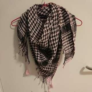 正方型格仔圍巾
