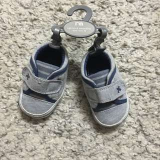 Baby shoes (mothercare)