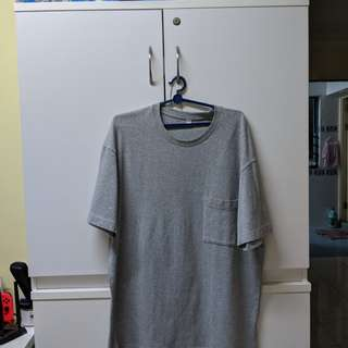 Uniqlo Basic Pocket Tee