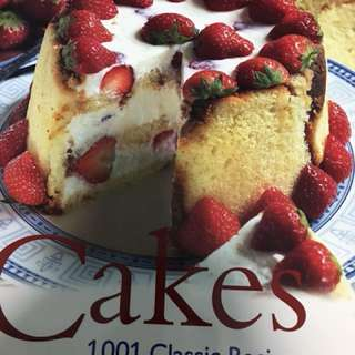 Cakes-  1001 Classic Recipes from Around the World