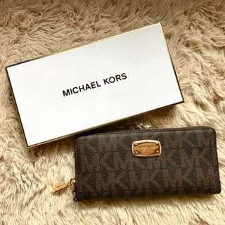 MK continental wallet