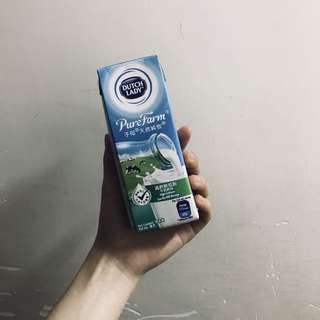 荷蘭進口子母天然純牧DUTCHLADY225ml高鈣低脂/牛奶飲品原味