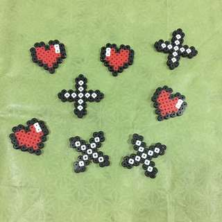 Perler beads mini hearts and kisses magnet