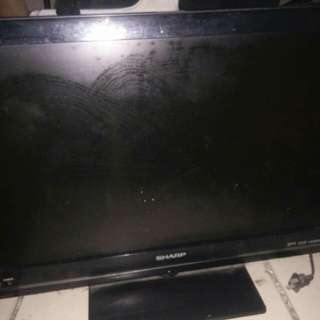 Flat Screen TV 25 inches Sharp