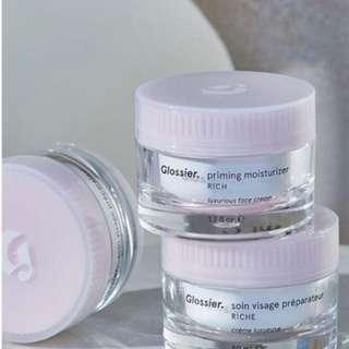 GLOSSIER priming moisturizer rich