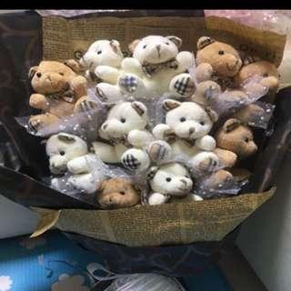 Bears bouquet (for Valentine, graduation day, etc)
